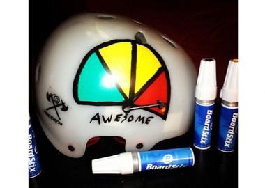 BMXのヘルメットにペイント!