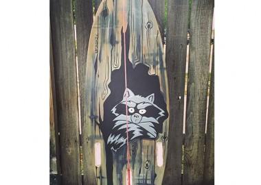 木製のサーフボード?