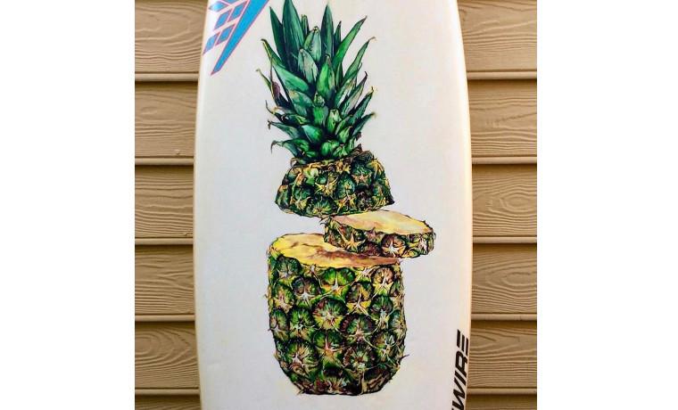 まるで本物? パイナップル。